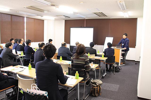 大阪府工業協会主催 ロジスティクス施設 実地見学会にて弊社倉庫にお越しいただきました。