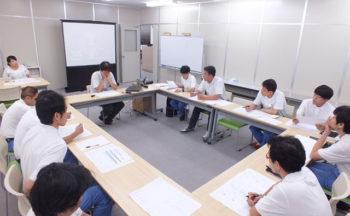 勉強会 「クライアント毎に異なる社内システムの紹介」